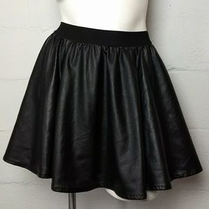 Silence + Noise Urban Outfitters Skirt M